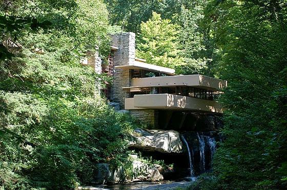 Fallingwater la celebre casa sulla cascata capolavoro for Architetti d interni famosi