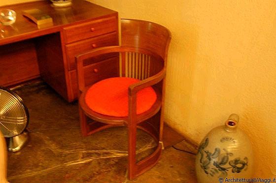 Fallingwater poltroncina barrel questa sedia fu for Sedia barrel wright
