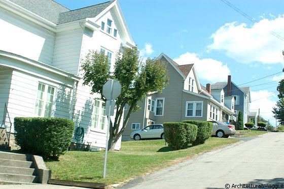 Case Prefabbricate Stile Country : Pennsylvania vie residenziali fatte da tante casette
