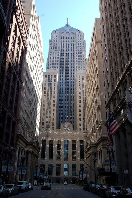 CHICAGO - Chicago Board of Trade Building - Holabird & Root, 1930