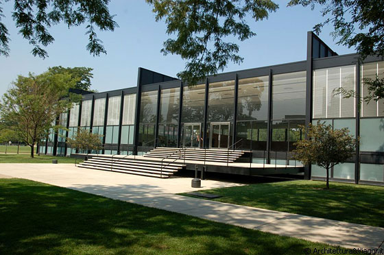 CHICAGO - IIT - Crown Hall - arch. Mies van der Rohe, 1950 - 1956