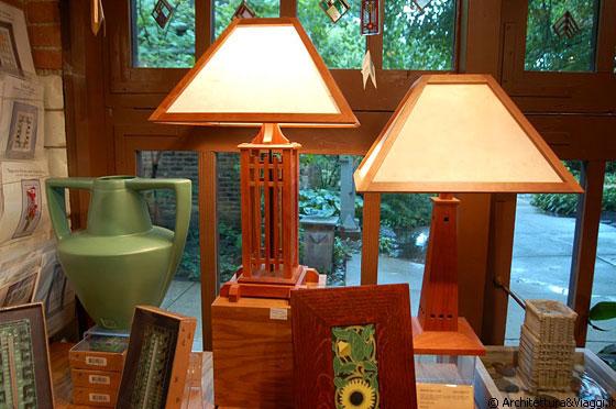 Oak park lo shop della casa studio di frank lloyd wright for Mobili design riproduzioni
