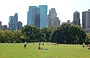 CENTRAL PARK SOUTH. Dallo Sheep Meadow vista sul Time Warner Center e sulla Hearst Tower di Foster