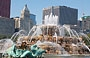 GRANT PARK. Buckingham Fountain e sullo sfondo i grattacieli di S Michigan Avenue