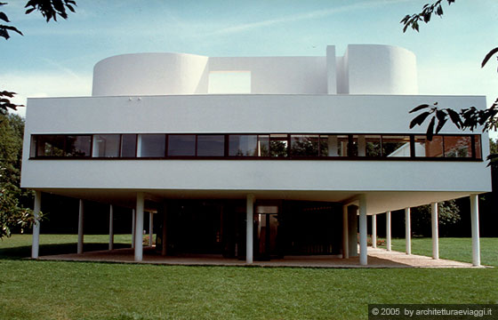 Villa savoye poissy la facciata libera for Design della casa libera