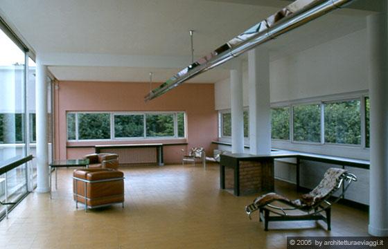 VILLA SAVOYE - POISSY - La pianta libera - il soggiorno