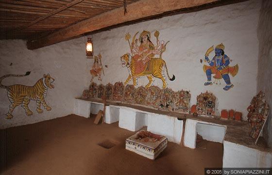 Rajasthan meridionale villaggio di shilpgram nei pressi for Interno di una casa