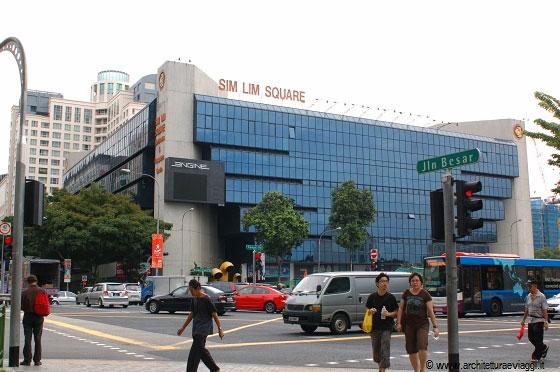 Singapore il leggendario sim lim square sei sette piani for Migliori piani di garage