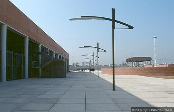 Siviglia expo 39 92 arredo urbano for Illuminazione arredo urbano