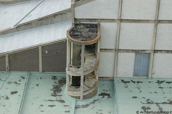 UCV CARACAS - Particolare della scala a chiocciola in ...